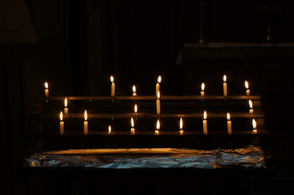 candles, lighting the way for giving thanks