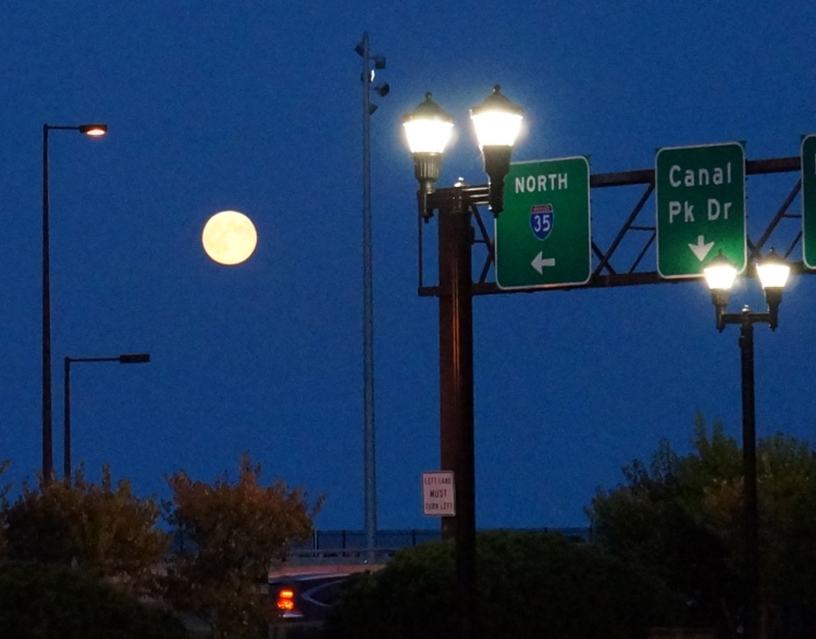 harvest full moon - Duluth