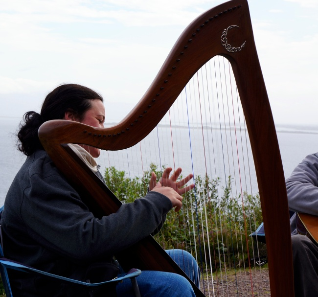 harpist of - - - who play at a turnout on the Ring of Kerry